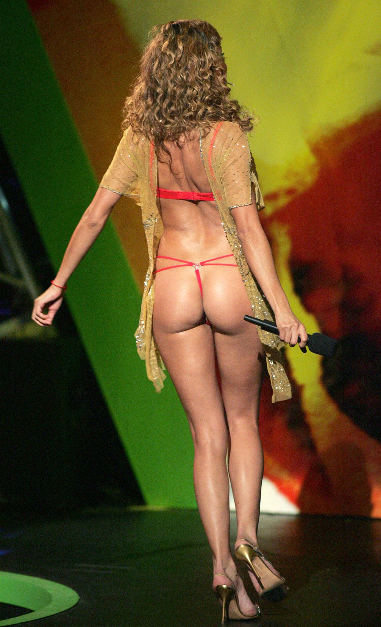 paulina rubio nude