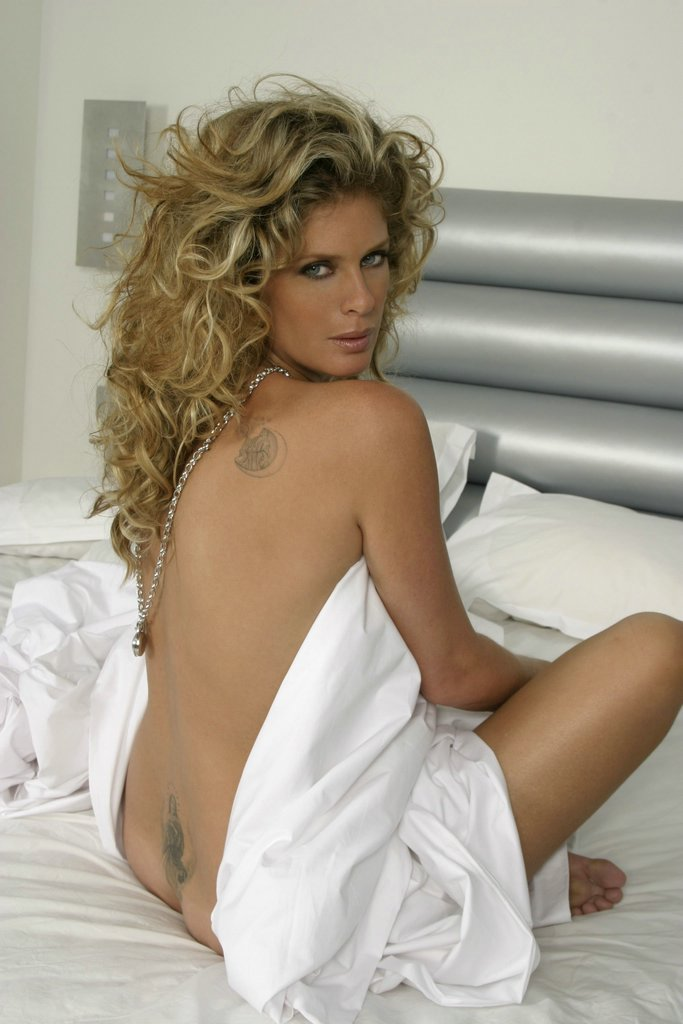 rachel hunter viewing picture rachel hunter 12