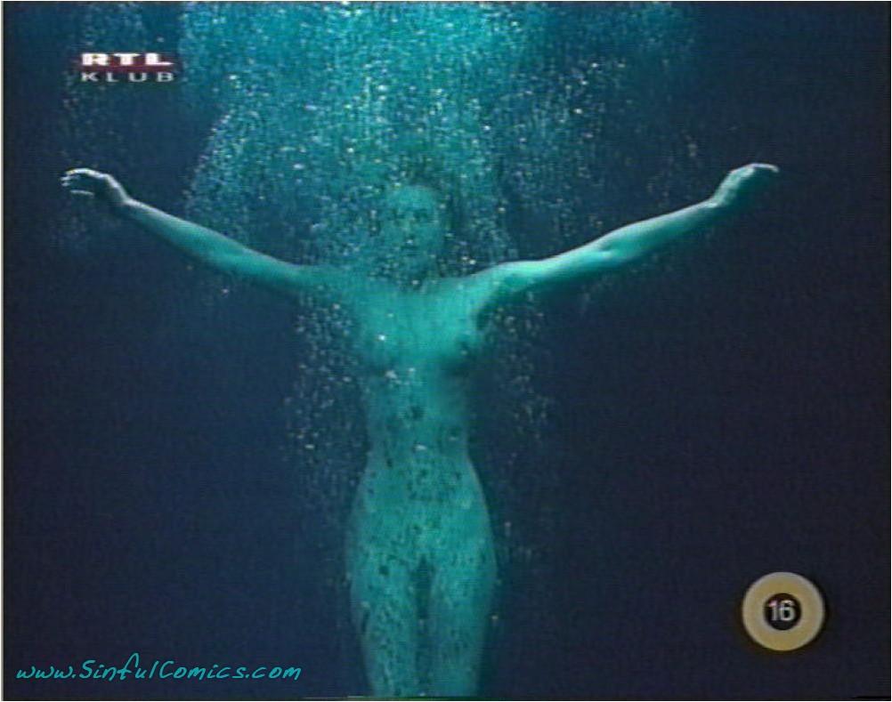 Rebecca romijn tits