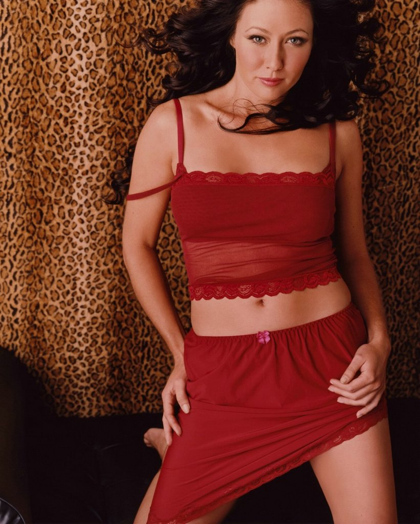 Shannen doherty viewing picture shannen doherty 03 jpg