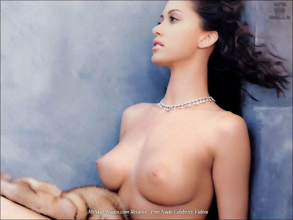 Shannon Elizabeth Naked