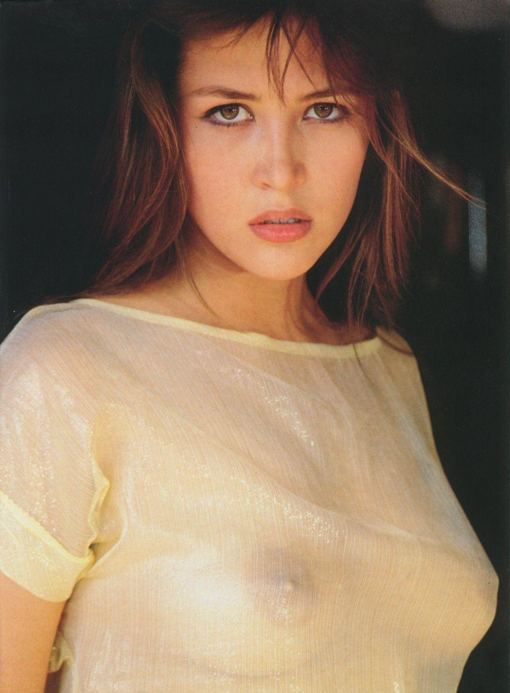 Французская сексуальная актриса 19 фотография
