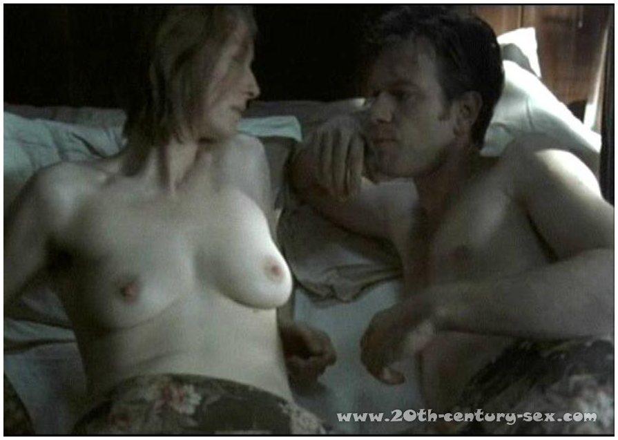 Elizabeth berkley nude scenes showgirls hd 3