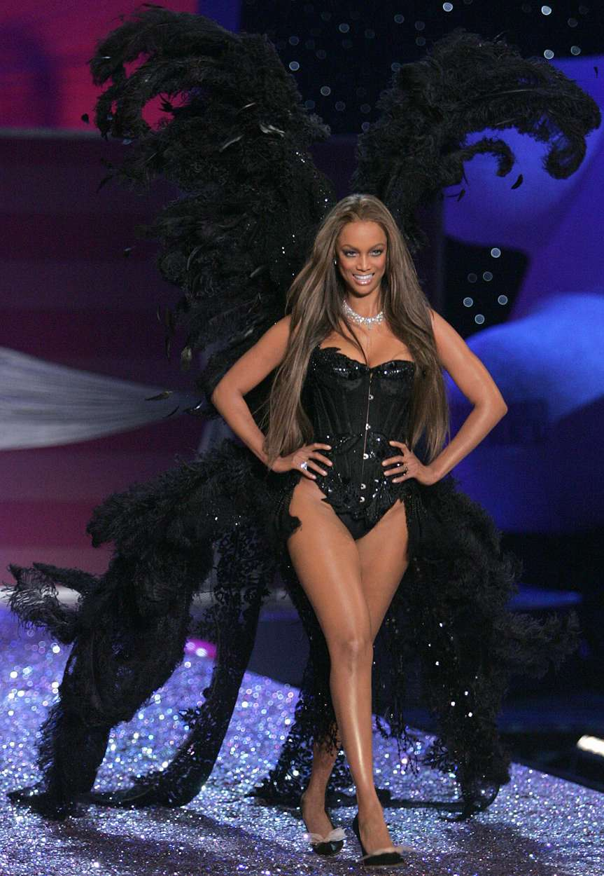 tyra banks 08 ... appeared on the Sports Illustrated Swimsuit Issue cover with Tyra Banks, ...