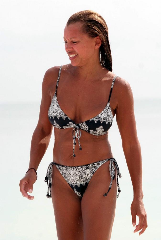 Vanessa Williams Butt 35