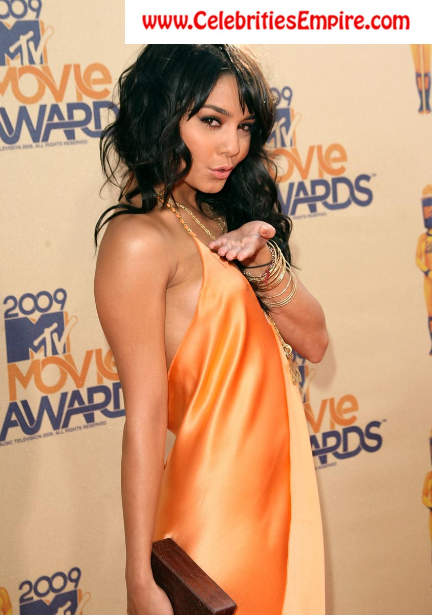 vanessa hudgens 18 Download free funny storys in inpage urud :: urud fount love sms :: free ...