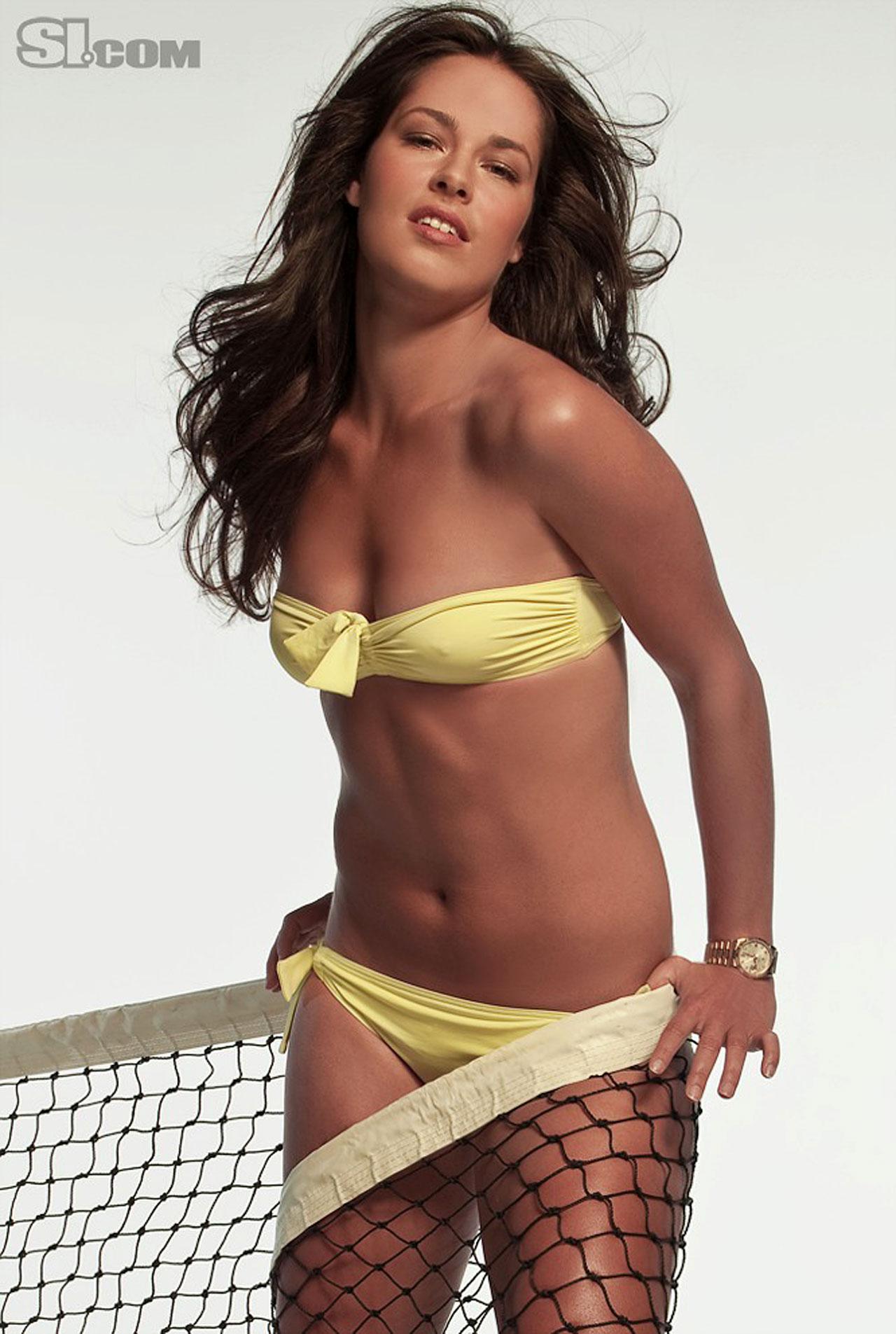 Фото сексуалний тенисиски 21 фотография