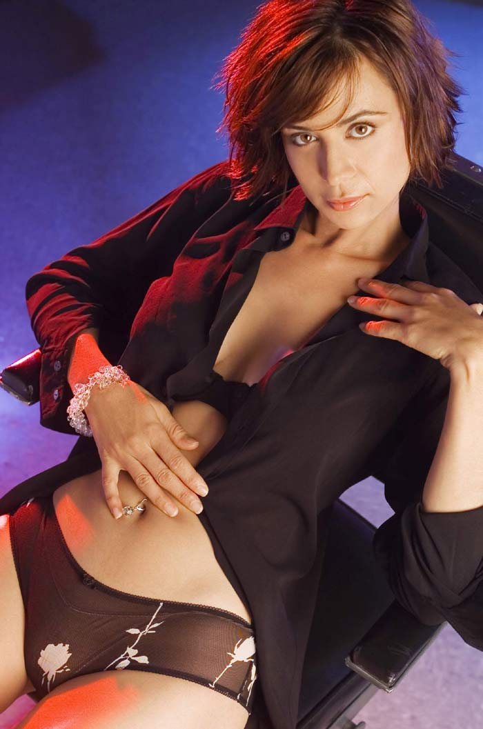 Catherine Bell No Panties 12