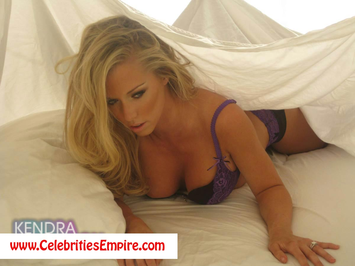 Ali Larter Porno Heroes rasputin porn heroes star ali larter in | free download nude