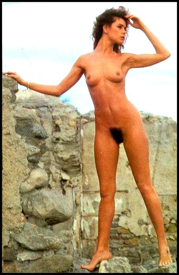 eroticheskie-foto-video-aktrisu-griu