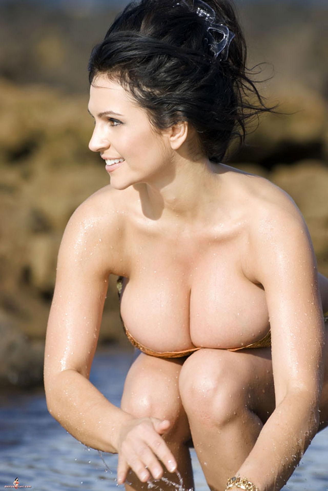 denisse-milani-nude-pussy-monique-senna-hot-pictures
