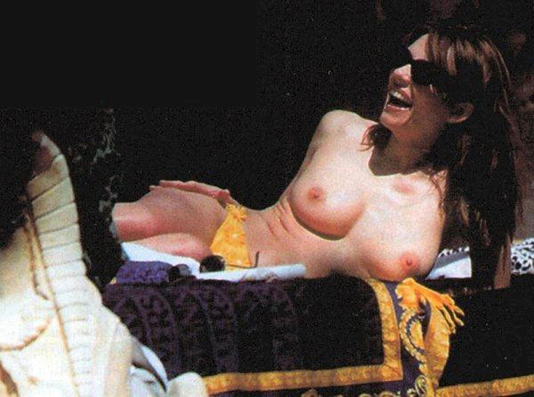 Элизабет херли голая 31 фотография