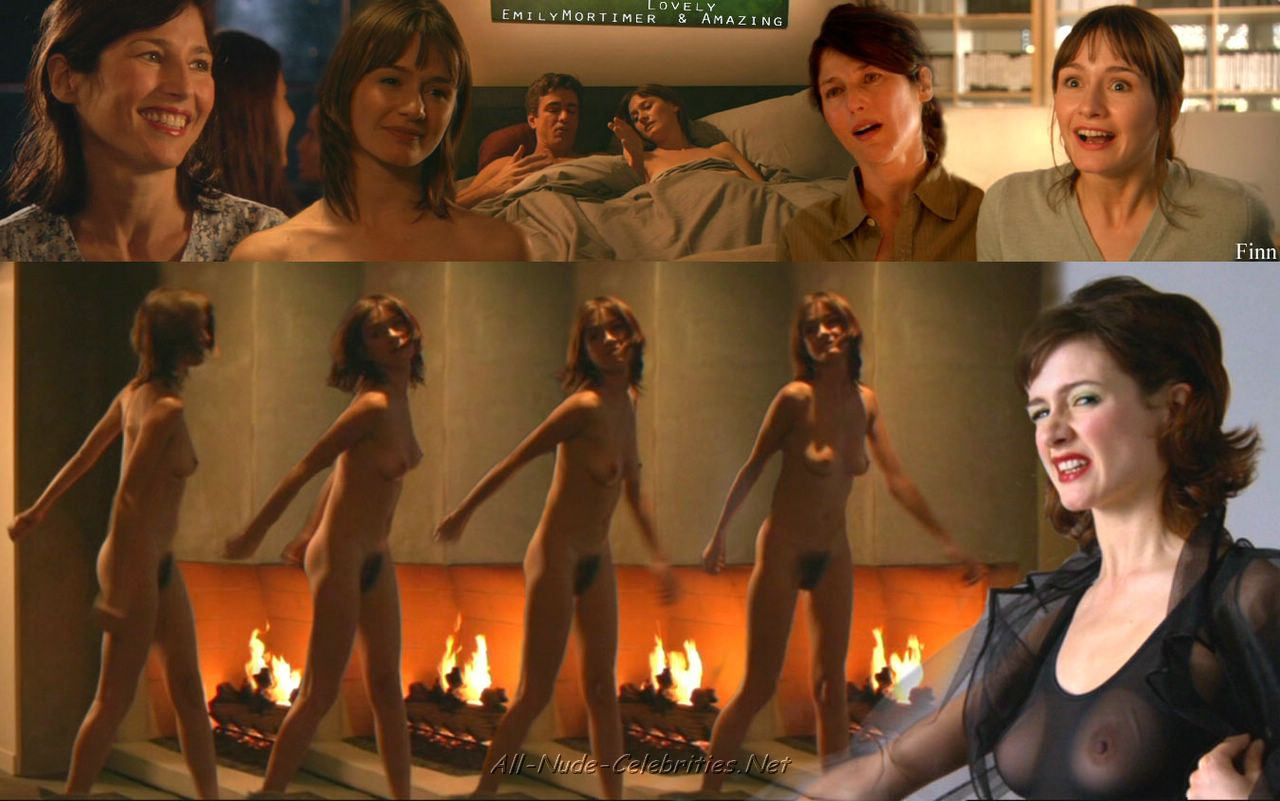 Emily mortimer pussy — photo 1