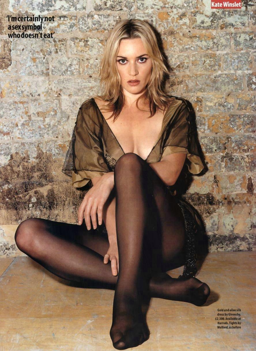 Kate Winslet | Viewing picture BsJzW4YTzPMTRYc.jpg: www.leakedcelebs.com/kate-winslet/so-cute-in-outdoor-shoot-in...