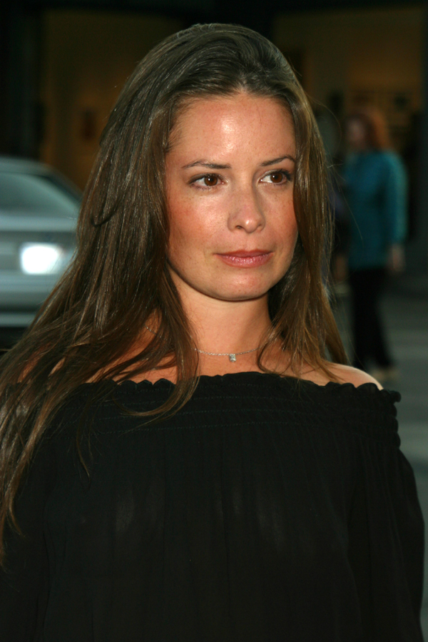 Holly marie combs nude pics images 657