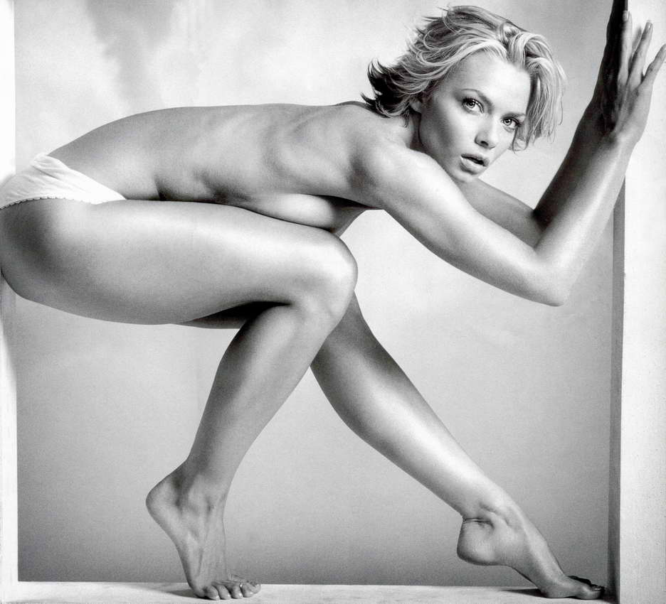Jaime Pressly fot Celebrities nude pic 06 ... I love LOVE, I love GAY love now THAT'S BEAUTIFUL!