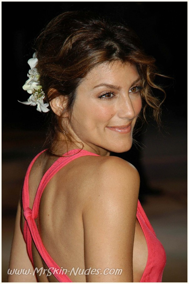 Leaked Celebs ? Jennifer Esposito ? topless post-sex & looks awesome in ...