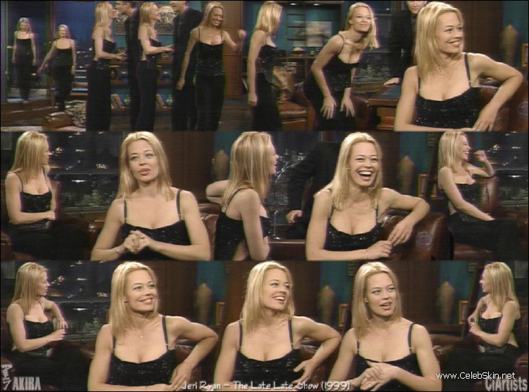 Jeri Ryan Viewing Picture