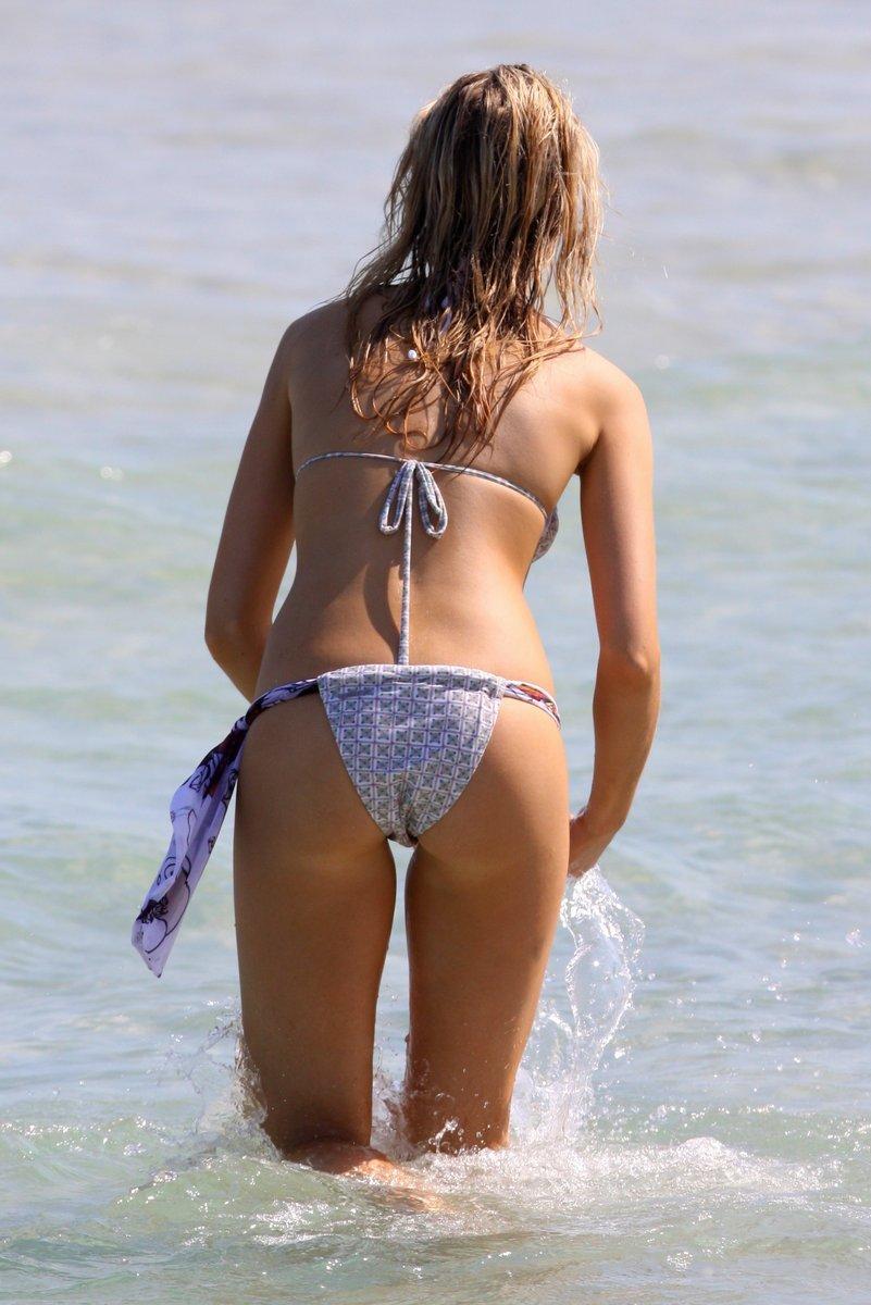 Katrina Bowden | Viewing picture 12.jpg: www.leakedcelebs.com/katrina-bowden/lovable-downblouse-caps-plus...