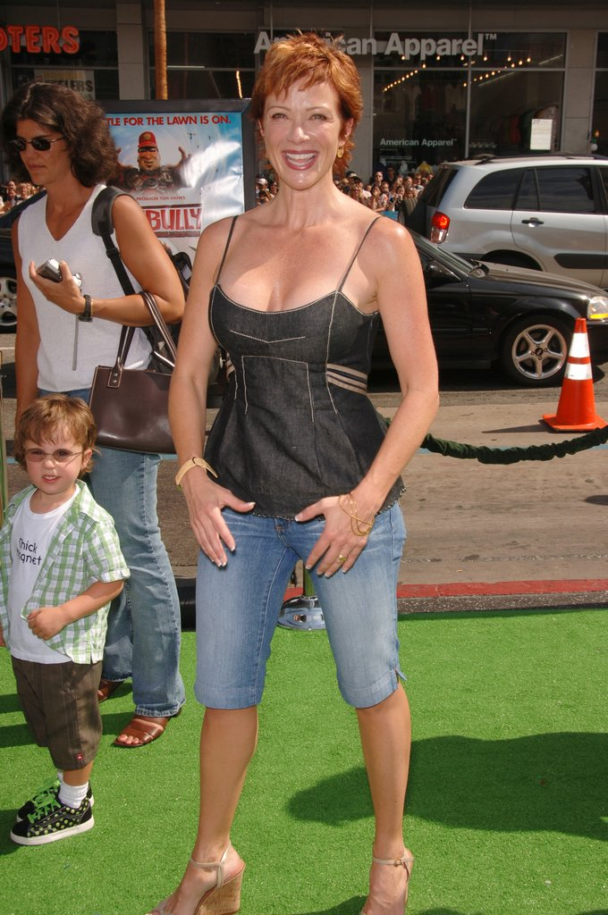 lauren holly viewing picture lauren holly 07