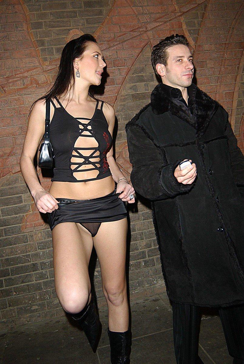 Порно фото подглядывание под юбки Секс онлайн.