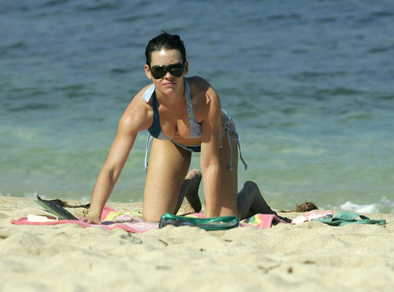evangeline lilly hot bikini - photo #23