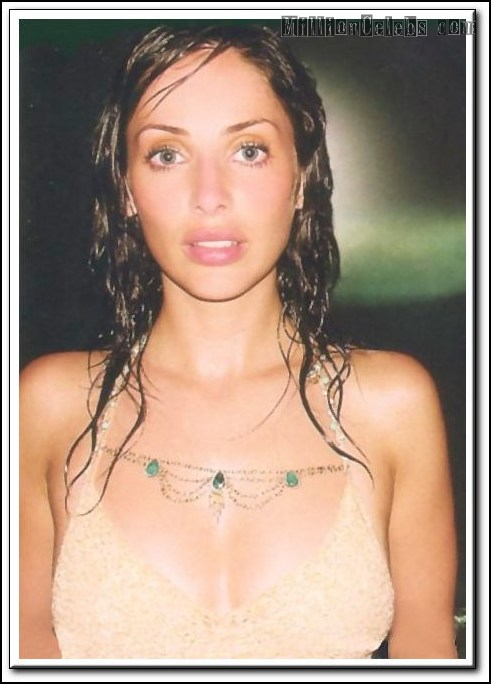 natalie imbruglia nude 09 Style 7 Large Cleavage Booster for Small cup sizes
